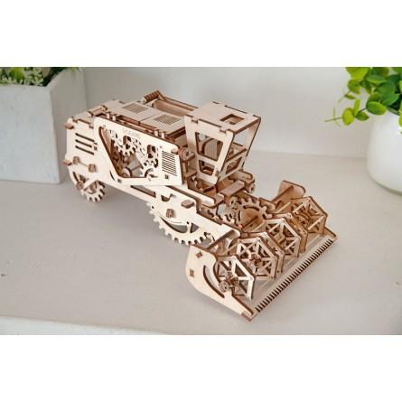 Деревянный конструктор UGEARS - комбайн